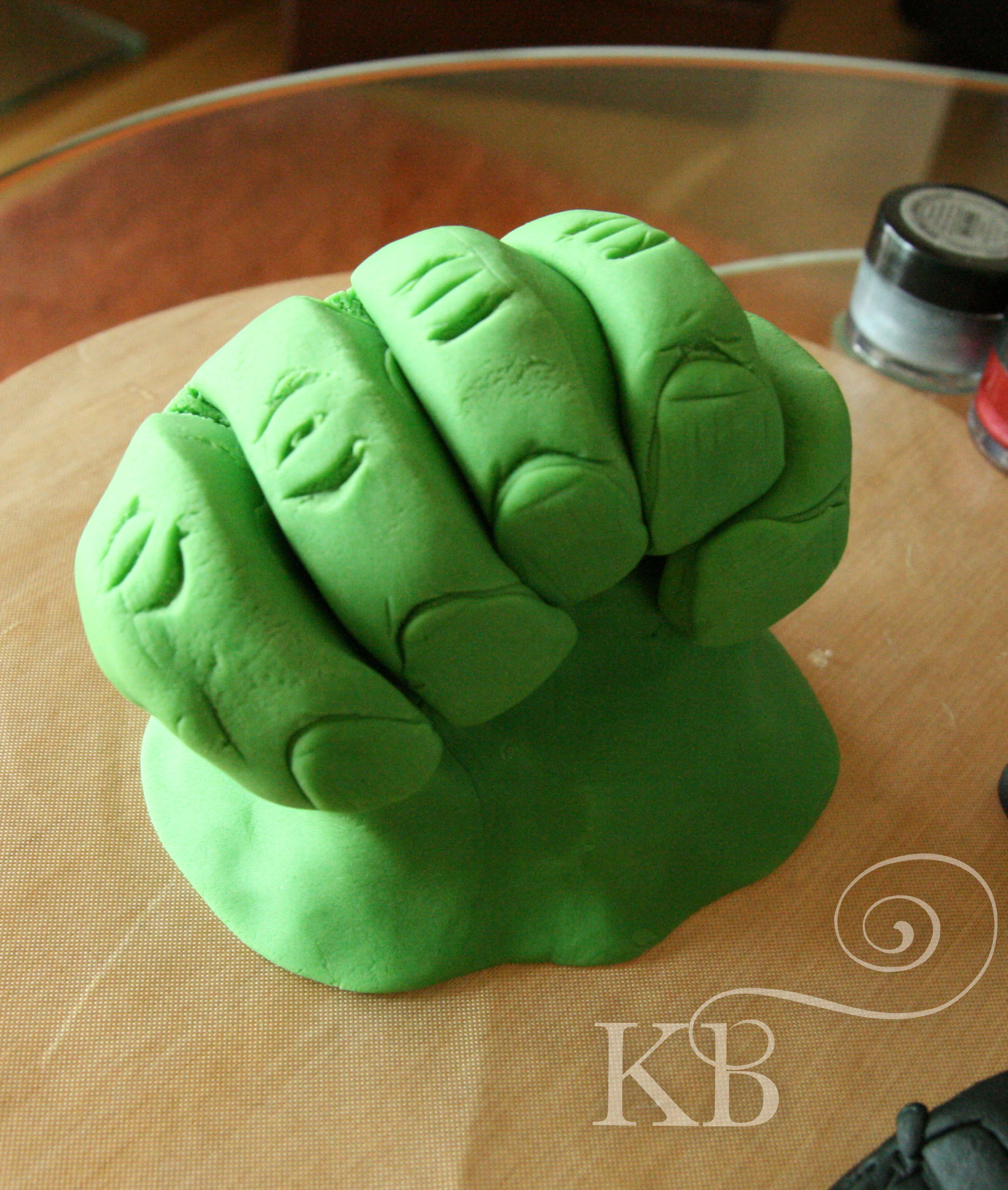 Hulk Cake Blog Bespoke Celebration Cakes, Cupcakes, Macarons ...