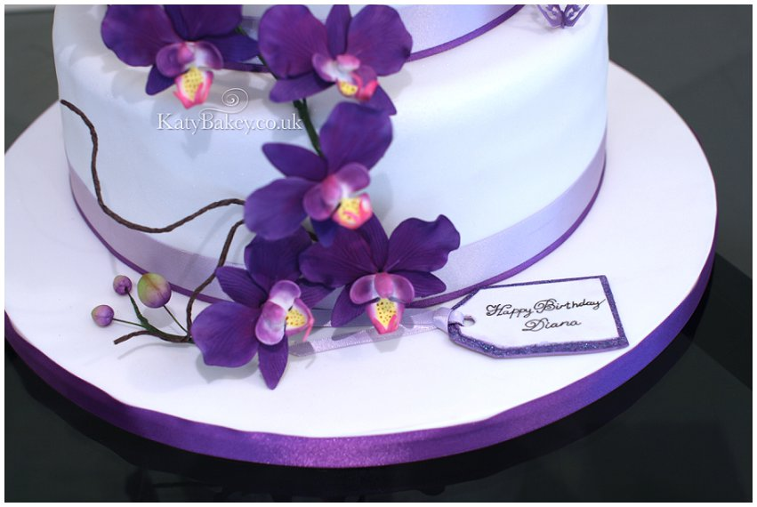 All That Glitters Cakes