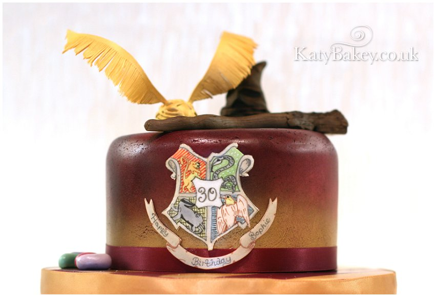 Harry Potter Cake with snitch and sorting hat